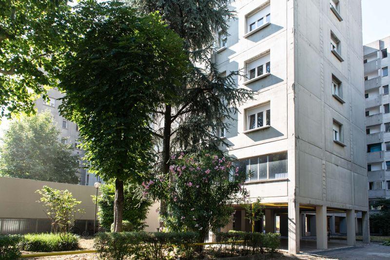 esterno-dei-palazzi-di-via-gandusio-ristrutturati-per-villaggio-gandusio
